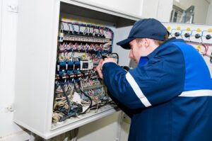commercial-electrician-300x199.jpg