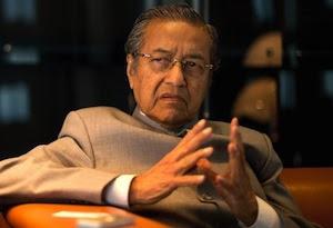 MALAYSIA-POLITICS-NAJIB-MAHATHIR-CORRUPTION-1MDB-FILES