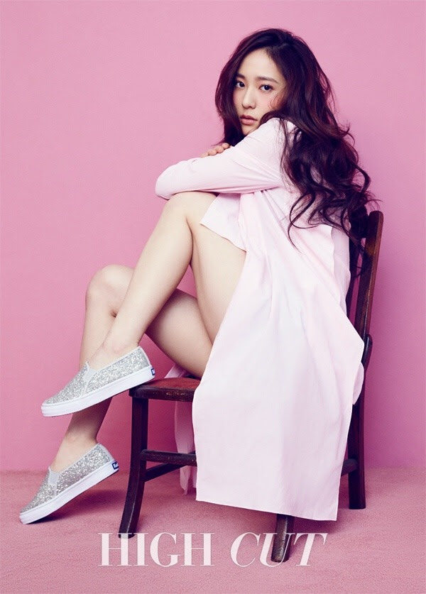 F(x)'s Krystal for High Cut Korea Vol. 172. Photographed by Mok Jung Wook