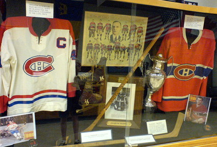 Canadiens jerseys IHHOF