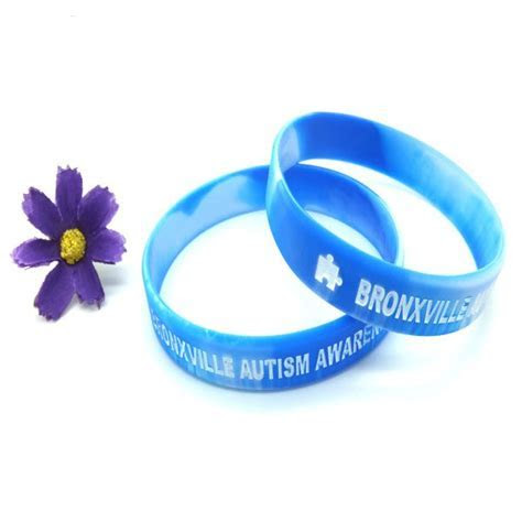 Trendy Silicone Wristband : Wholesale personalized