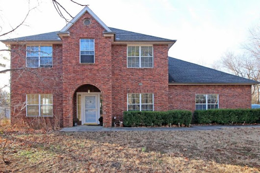 Stately Home on 1+ Acre in Broken Arrow - Midtown Tulsa Real Estate