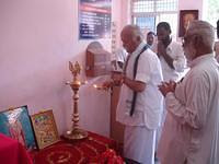 PP Mohanji Bhagavat lighting the lamp during Model Unveiling