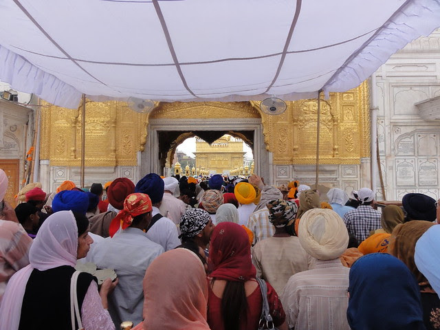 Long queue waiting to enter Harmandir Sahib, Amritsar