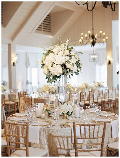 25  best ideas about White Wedding Linens on Pinterest