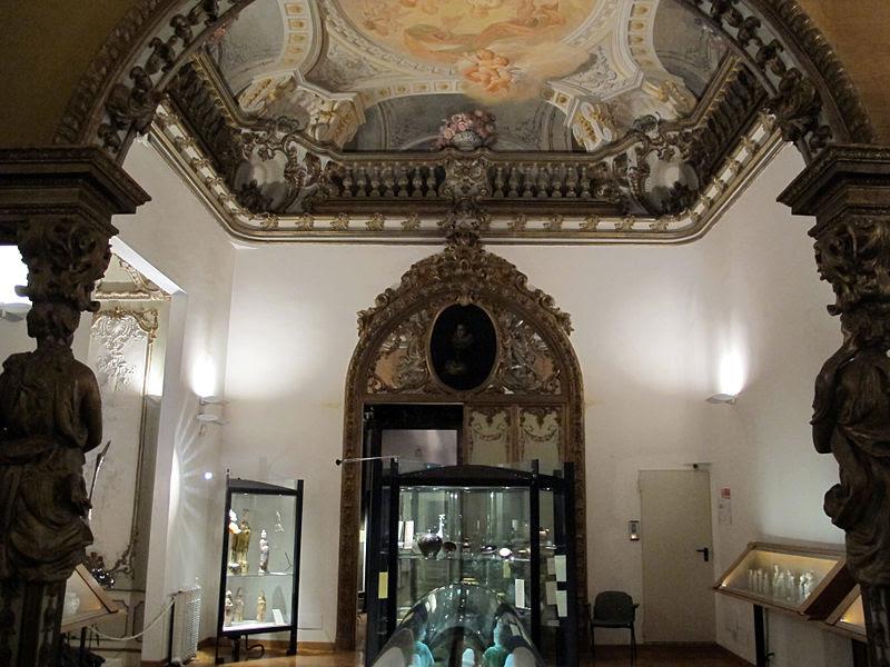 Palazzo brancaccio alkov 05.jpg