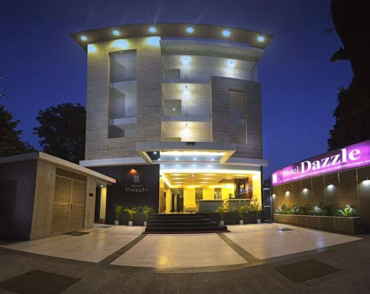 Stay at The Hotel Dazzle in Agra India - Gr8 Travel Tips