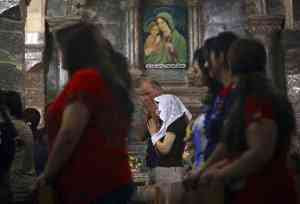 IRAQ_-_cristiani_caldei_preghiera