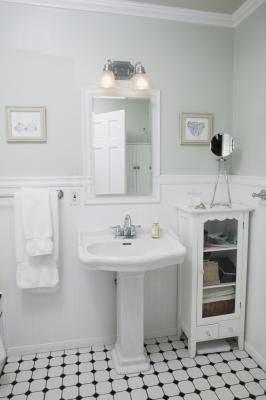 How To Remodel A 1940s Bathroom