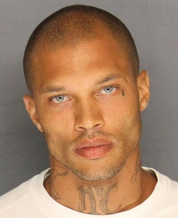 'Detento gato' fez sucesso na web após ter seu mugshot divulgado na internet (Foto: Stockton Police Department/AFP)