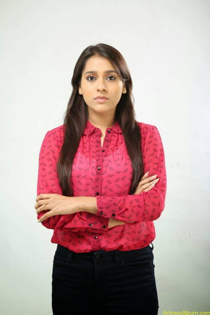 Rashmi Gautam Hot pink dress 16