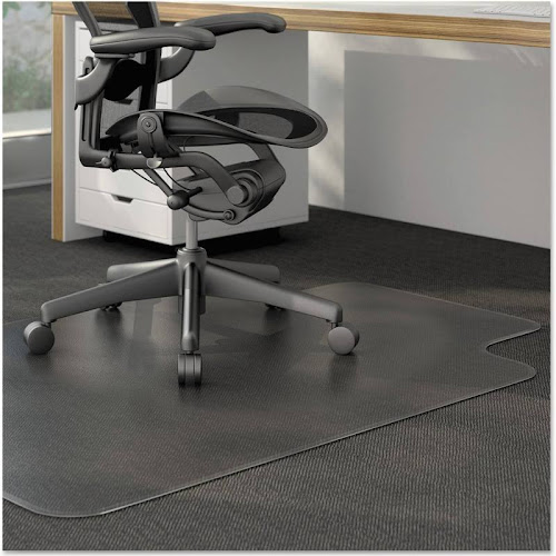 Universal - Chair mat - 35.8 in x 48 in - rectangular with lip - clear