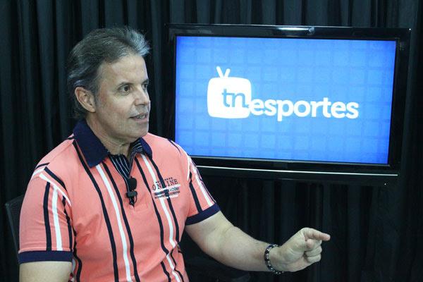 """Para Marcos Lopes, o ABC larga na frente para a Série B por considerar o futebol uma """"gangorra"""""""