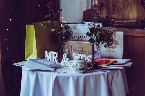 Wedding Gift Cost: How much do I spend?   Etiquette Daily