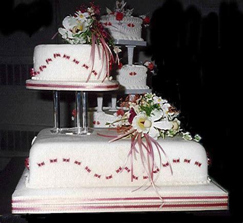 Unique Wedding Cakes   Wedding dress buying tips on