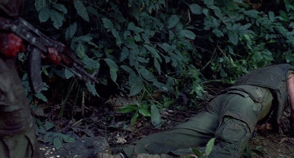 charlie sheen platoon. (Charlie Sheen) picks up