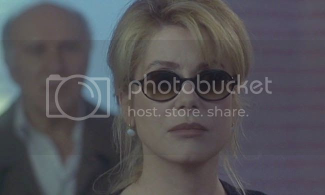 photo catherine_deneuve_genealogies_crime-2.jpg