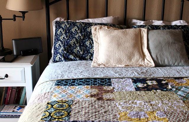 Turning Twenty Bed Quilt