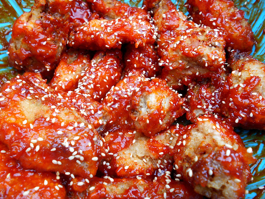 Korean food photo: Korean Fried Chicken - Maangchi.com