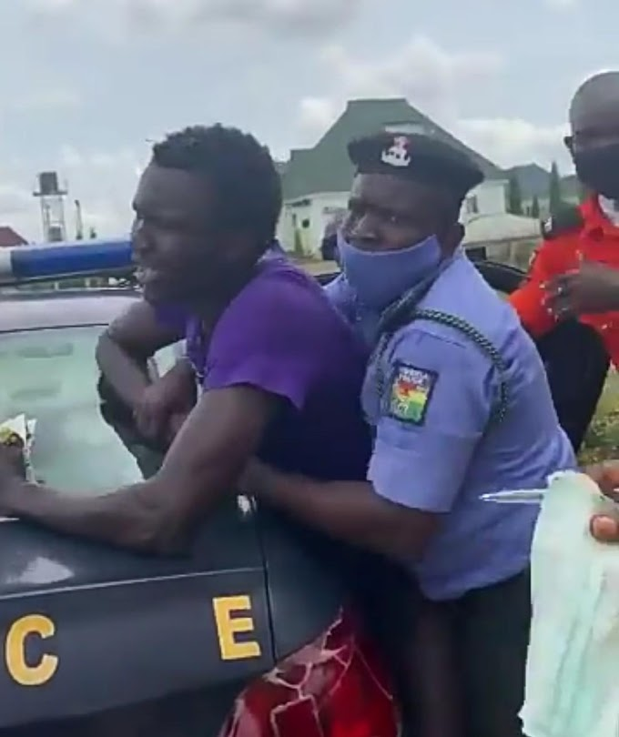 Nigerian Police Assault Man For Not Wearing Face Mask (Video)