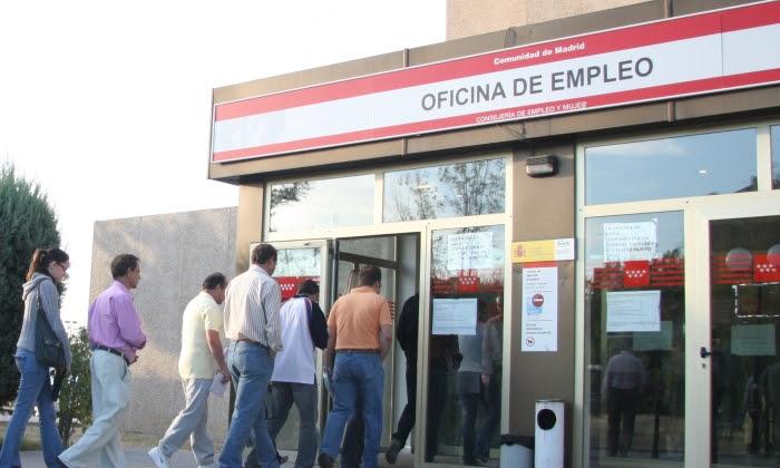 El paro sube en personas de enero a marzo y escala for Oficina empleo usera