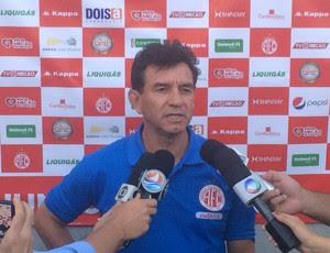 Guilherme Macuglia - técnico do América-RN (Foto: Carlos Cruz/GloboEsporte.com)