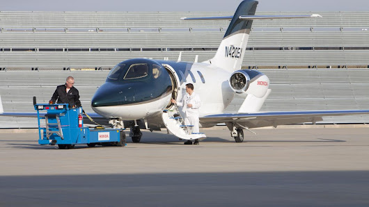 Cincinnati NetJets subsidiary downsizing facility, laying off 80 - Cincinnati Business Courier