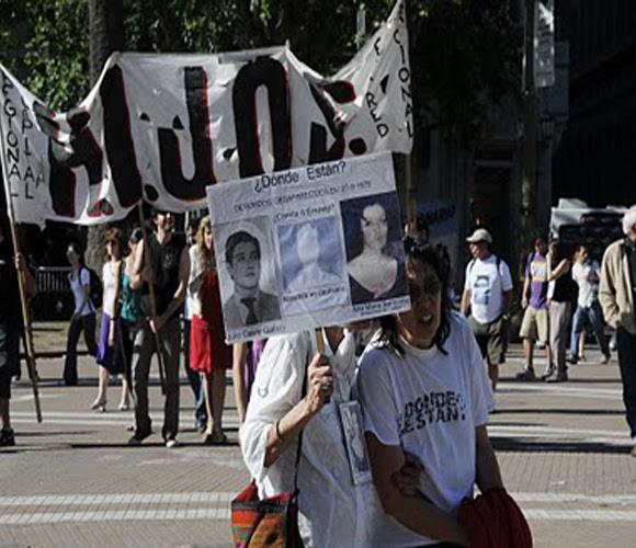 Abuelas de Plaza de Mayo: una lucha que no cesa