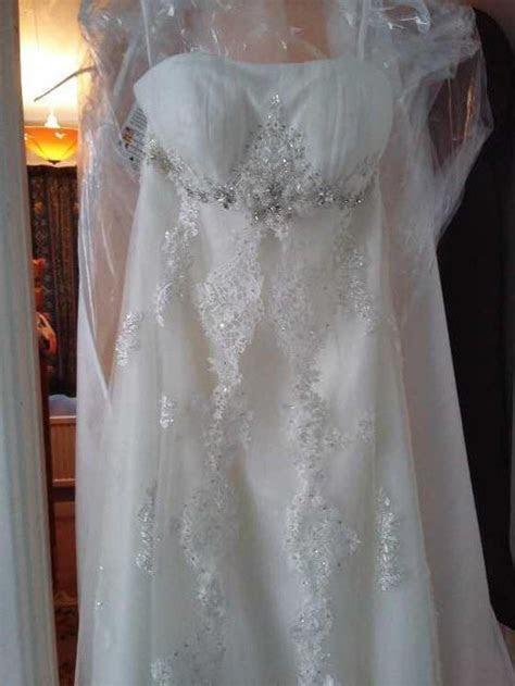 Grace Harrington Quito New Wedding Dress on Sale 68% Off