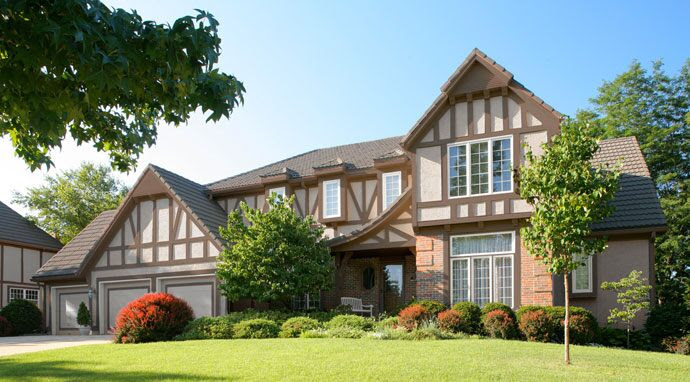 Curb Appeal Ideas - Home Curb Appeal & Painting Ideas - Benjamin Moore