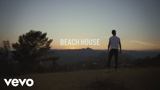 [VIDEO] The Chainsmokers – Beach House | Ameboloaded