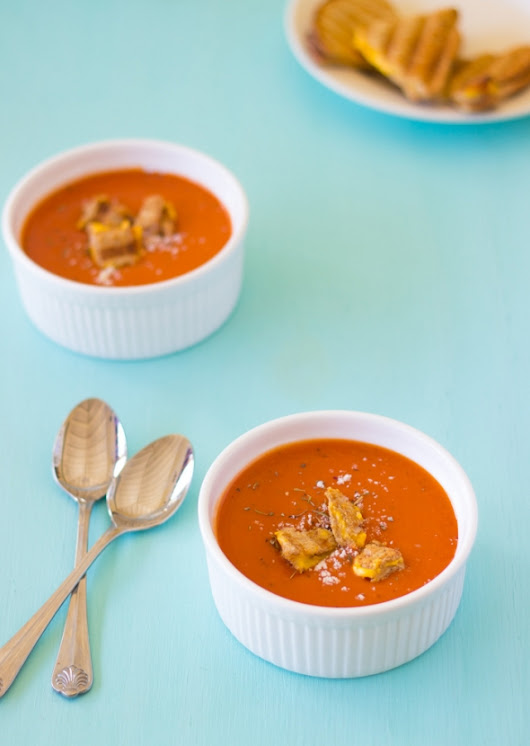Roasted Tomato Soup with Grilled Cheese Croutons | Vegan Cooking - Vegan Recipes & Resources