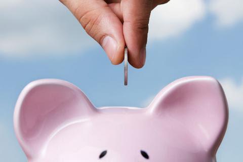 Νέο χαράτσι 100€/μήνα στους ελεύθερους επαγγελματίες