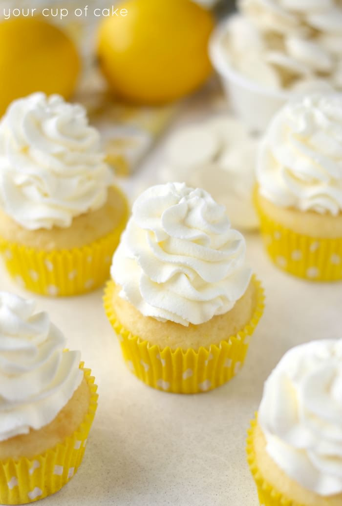 1427225722-lemon-yourcupofcake.jpg (700×1033)