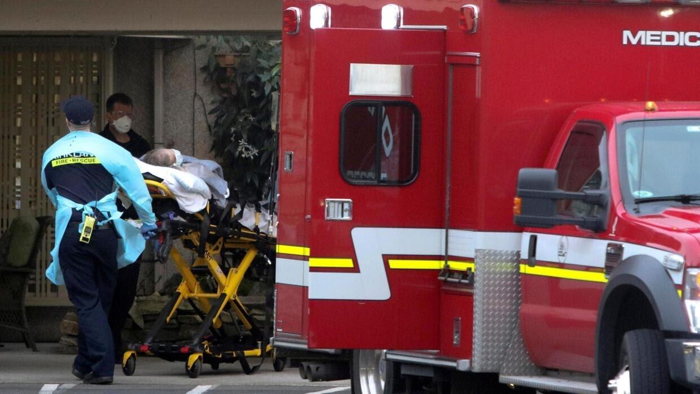 Một bệnh nhân được xe cấp cứu đưa đến trung tâm y tế ở Seattle, hiện đang là tâm dịch tại tiểu bang Washington, Hoa Kỳ ngày10/03/2020.