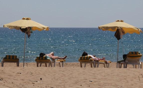 Η ζέστη επέστρεψε - Αναλυτική πρόγνωση του καιρού της Παρασκευής και του σαββατοκύριακου