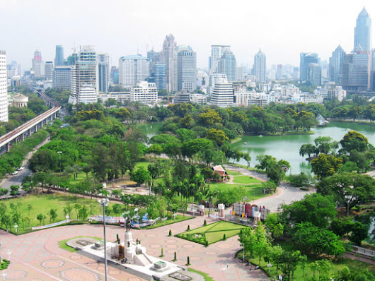 One Day in Bangkok : 10 Things to Do and See | Learn Thai with Mod