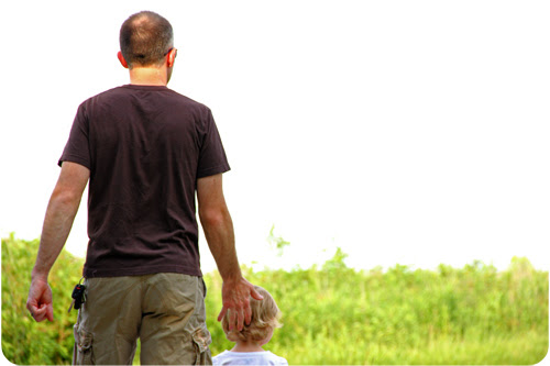 Daddy and Eva hike web.jpg