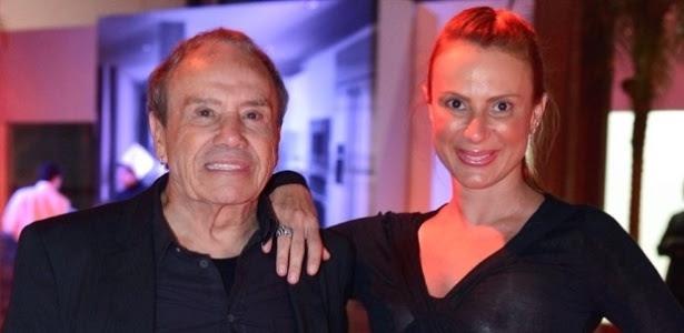 Stênio Garcia e a mulher, Marilene Saade, tiveram fotos íntimas vazadas nesta quarta