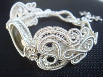 Wire Jewelry Tutoria  Ayudhia Bangle by ArtOfAyudhia on Etsy, $10.00