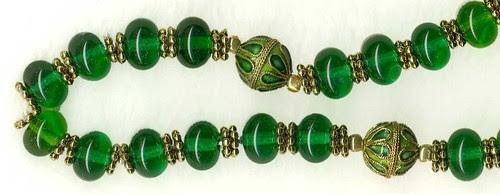 Emerald replica, detail