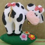cartamodello per mucca in feltro