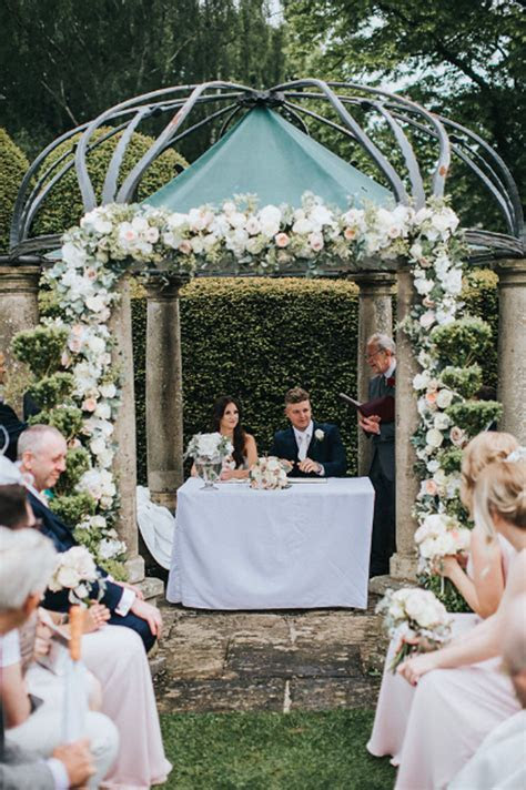 Marquee Wedding Flowers ? Passion for Flowers