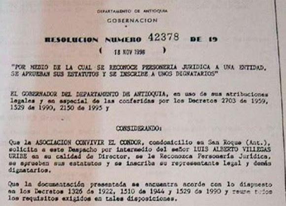 Álvaro Uribe reconoce la personería jurídica de la Convivir El Condor.