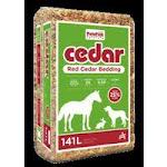 American Wood Fibers 5288139 0.4 Cubic ft. Shaving Cedar Bedding for Animals