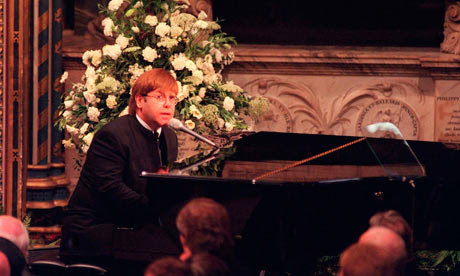 Elton John performs Candle in the Wind at Princess Diana's ...