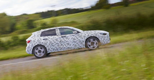 Infiniti's Q30 compact hatchback will do its best Mercedes A-Class impression in Frankfurt