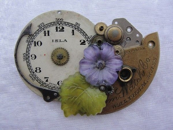 Jewelry made from old watches | Recyclart