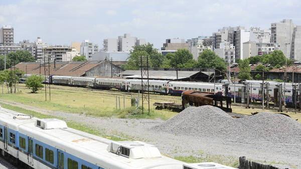 Terrenos ferroviarios de Caballito donde quieren construir el shopping. Foto: David Fernández
