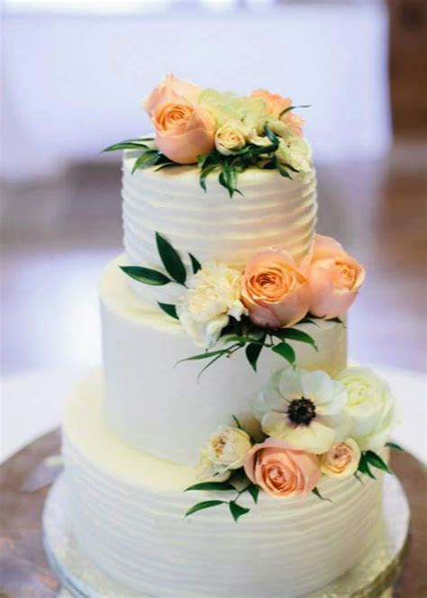 Wedding Cakes ? Metrotainment Bakery